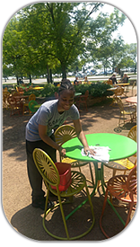 Sendrea works at Colectivo by the lake and loves her job